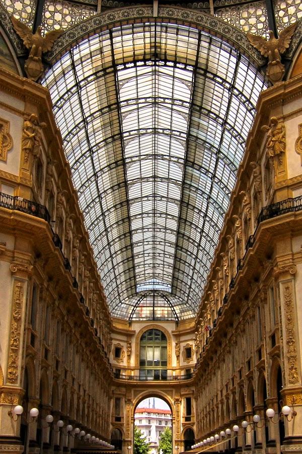 Galeria Vittorio Emmanuella II by Roly Raseda - Buildings & Architecture Other Interior ( milan, italia )