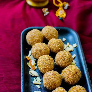 Oats Ladoo / Oats Indian Balls.