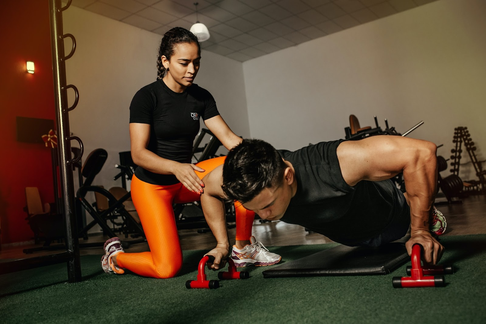 Os treinos devem ser prescritos de acordo com características individuais, independente do gênero (Fonte: Unsplash)