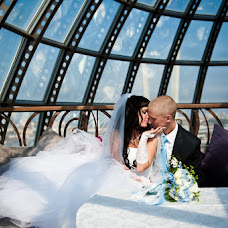 Wedding photographer Oksana Kazanceva (pchelka300). Photo of 06.02.2013