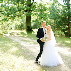 Wedding photographer Irina Amelyanchik (Amelyanchyk). Photo of 01.09.2017