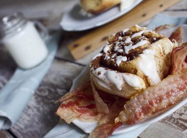 Homemade Bacon Cinnamon Rolls Recipe