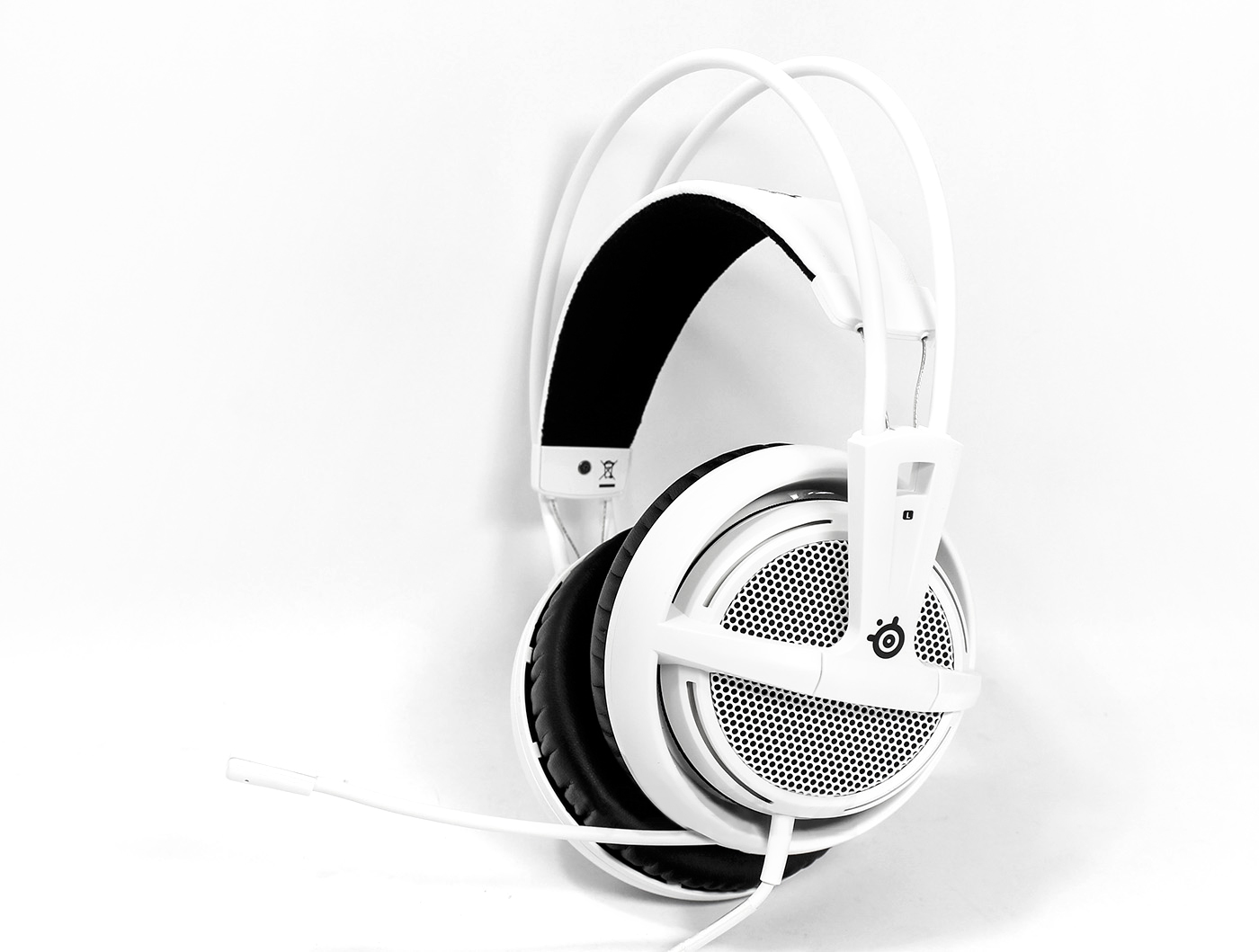 steelseries-siberia-200.jpg