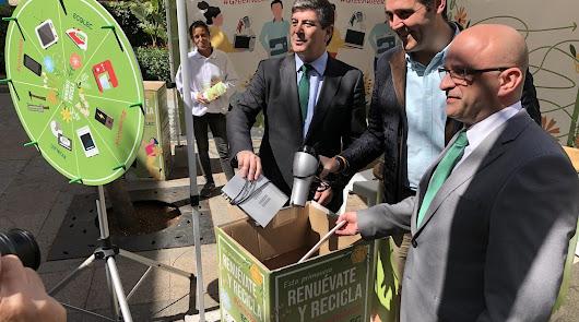 Almería protege el medio ambiente y anima a reciclar aparatos electrónicos