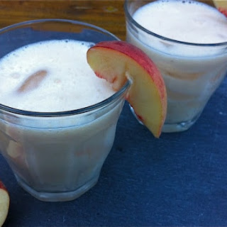 White Peach Pisco Sour