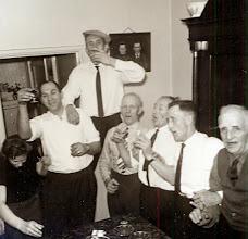 Photo: v.l.n.r. Tinus Hofsteenge, Harm Zandvoort, Hendrik Schuiling, Roel Harms, Willem Zandvoort, Rudolf Lanjouw.