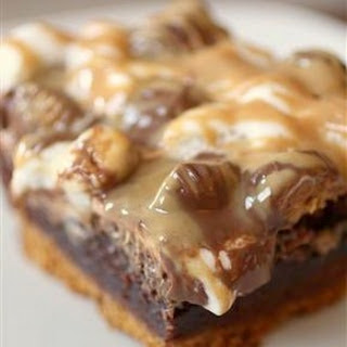 Chocolate Peanut Butter Cup S'mores Brownies