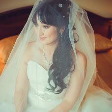 Wedding photographer Kseniya Yarikova (VNKA). Photo of 06.10.2015