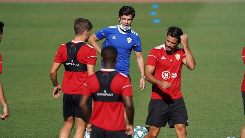 Mario Silva en su primera sesión con el Almería.