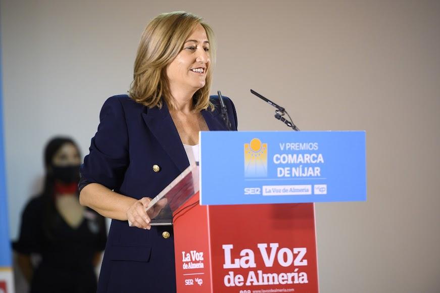 Interviene la alcaldesa de Níjar, Esperanza Pérez.
