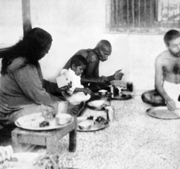 மகாத்மா காந்தியின் உணவுப் பழக்கங்கள்