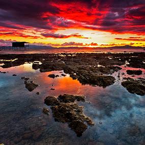 burst of colors by Macbrian Mun - Landscapes Waterscapes ( colour, reflection, sky, waterscape, sunset, colors, malaysia, beach, landscape, rocks, sabah )