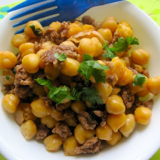 Chickpeas with Ground Meat (Garbanzos con Carne Molida)