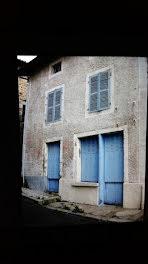 maison à Saint-Germain-l'Herm (63)