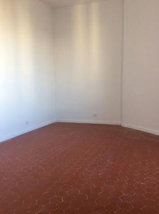 Location appartement 3 pièces 84,41 m2