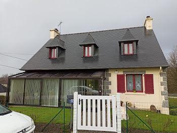 maison à Saint-Nicolas-du-Pélem (22)