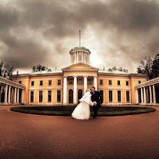 Wedding photographer Dmitriy Pisarev (DmtrP). Photo of 14.02.2014