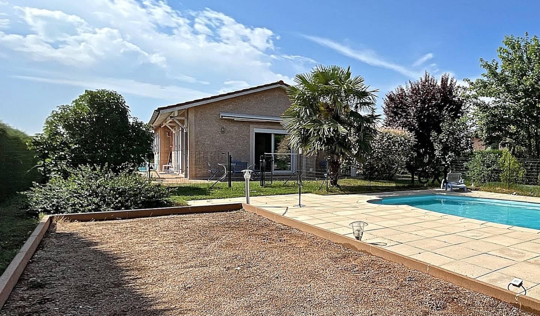 Maison avec piscine et terrasse Vaugneray