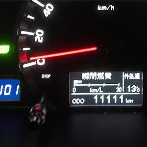 ハイエースバン TRH200V スーパーGL  ダークプライムIIのカスタム事例画像 と〜いさんの2019年02月20日01:07の投稿