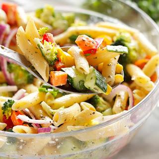 Rainbow Vegetable Pasta Salad with Creamy Italian Viniagrette Dressing Recipe