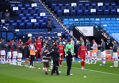 📷  Liverpool salué par Manchester City après son sacre