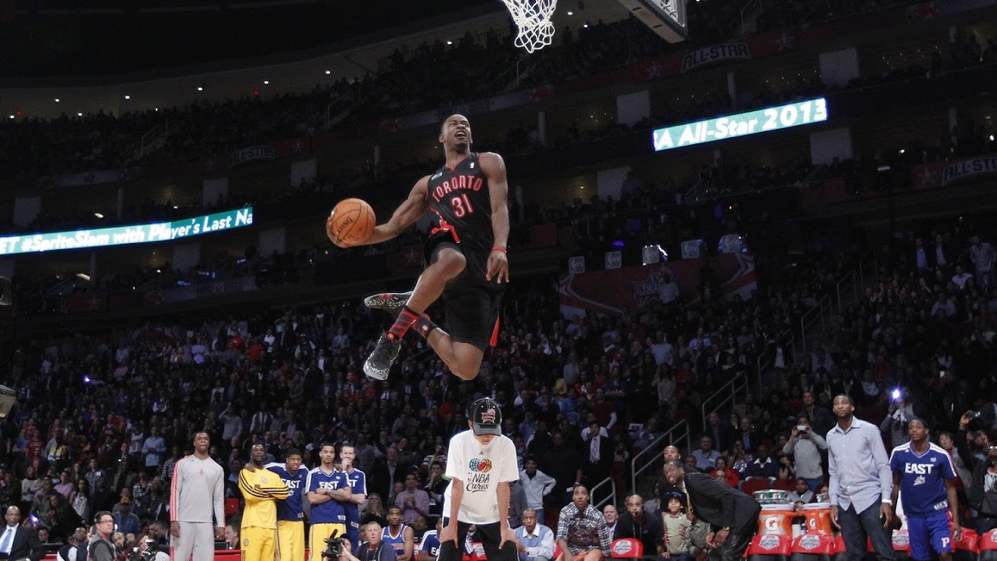 Watch Dunk Contest live