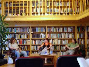 Photo: Szegedtől Szegedig 2008 Pásty Júlia Bródy Sándor-díjas írónő az est házigazdáival beszéget
