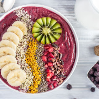 Wild Blueberry & Coconut Smoothie Bowl