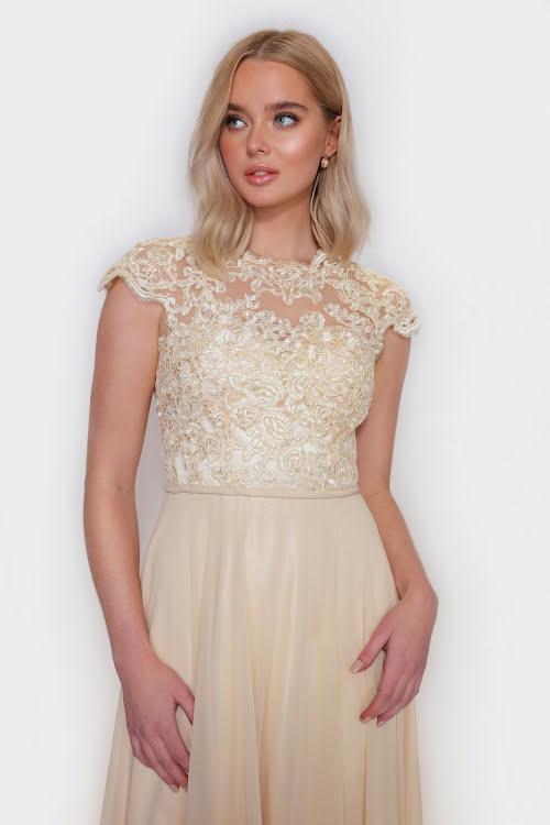 Grace lace V-form back dress