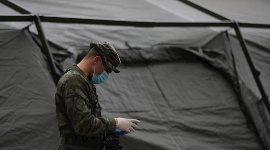 El Ejército llega a los asentamientos de temporeros para prevenir contagios