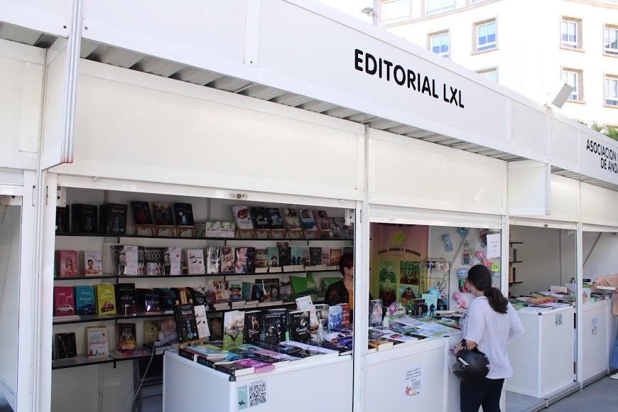 Stand de la Editorial LXL.