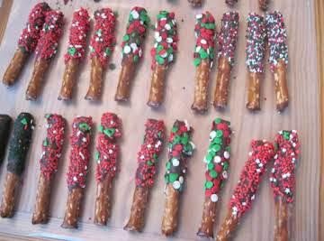 Chocolate Dipped Pretzel Rods
