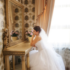 Wedding photographer Marina Brusilova (MarinaBrusilova). Photo of 25.11.2015