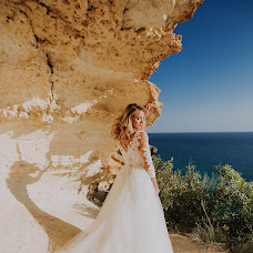 Wedding photographer Viktoriya Avdeeva (Vika85). Photo of 16.10.2018