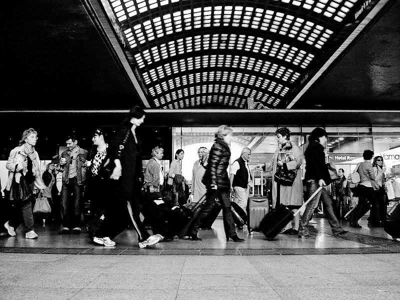 Gente che va gente che viene di Fiorenza Aldo Photo