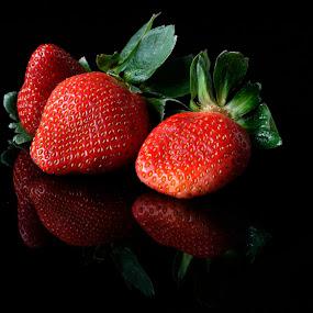 Strawberries by Cristobal Garciaferro Rubio - Food & Drink Fruits & Vegetables ( fruit, red, red fruit, fruits, strawberries, strawberry )