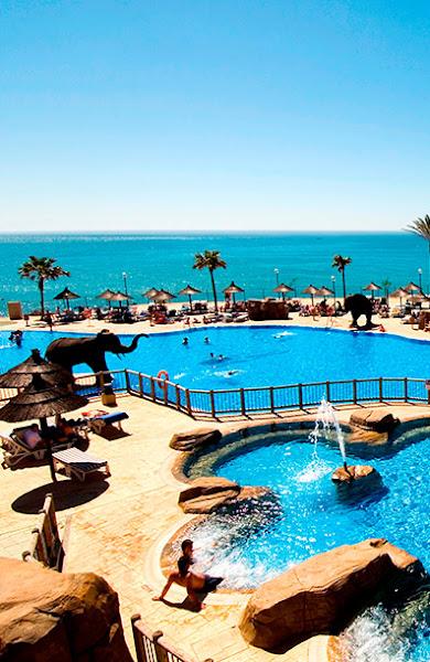 <h3>Beach Club</h3><p>Reserva todo incluido y consigue acceso gratuito a nuestro fant&aacute;stico club de playa al borde del mar, con sorpresas como piscina de olas, toboganes o un barco pirata.</p>