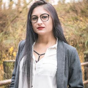 Andreea 1 by Nistorescu Alexandru - People Portraits of Women ( #portrait, #natural, #autumn, #light, #bokeh )
