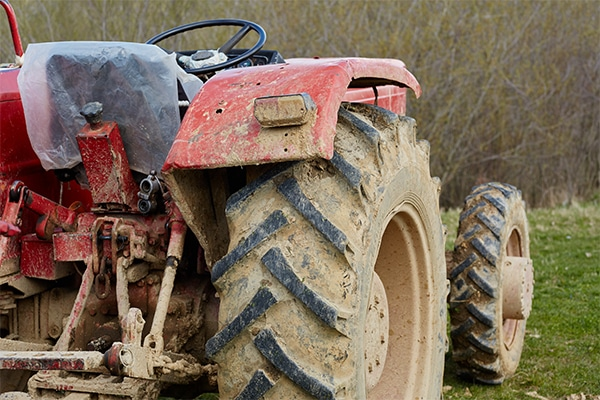 how to clean a tractor