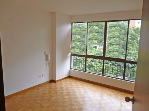 apartamento en arriendo castropol 679-26690