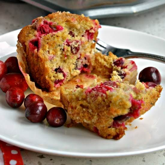 These Gorgeous Cranberry Orange Muffins Are Bursting With The Flavors Of Fresh Cranberries, Fresh Orange Juice And Orange Zest. Bake A Batch Today And Get Ready To Hear All The Praises.