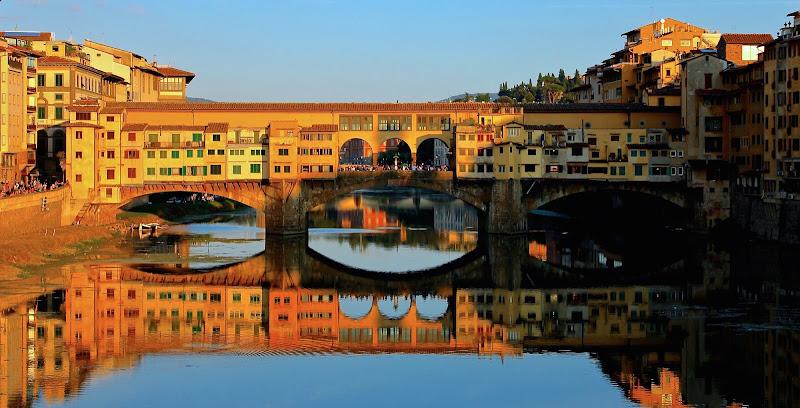 Riflessi sull'Arno, Firenze. di MarinaCasini