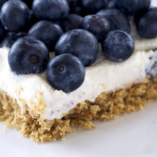 No-Bake Blueberry Cheesecake Bars