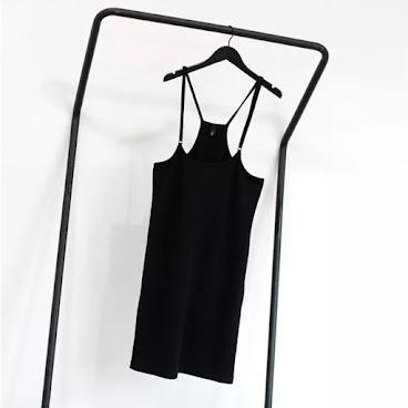 吊帶連身裙