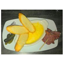 Photo: De entrada una #Raclette