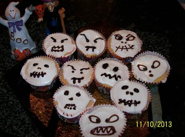 Scary Halloween Cup Cakes Recipe