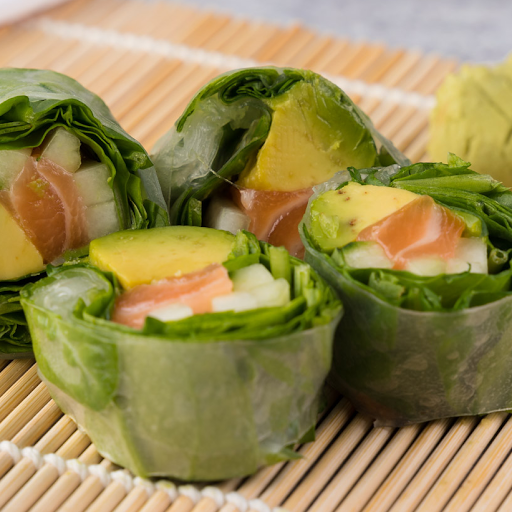 Salmon Spinach Roll
