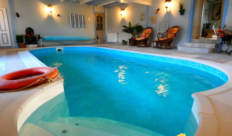 Maison avec piscine Bois