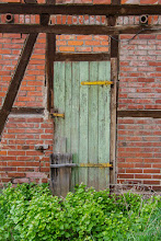 Photo: the door for #DoorSunday by +André Roßbach and +Dave Krugman and for the #BreakfastClub by +Stuart Williams +Breakfast Club. I hope, you had (or still have) a wonderful weekend and wish you a nice sunday!