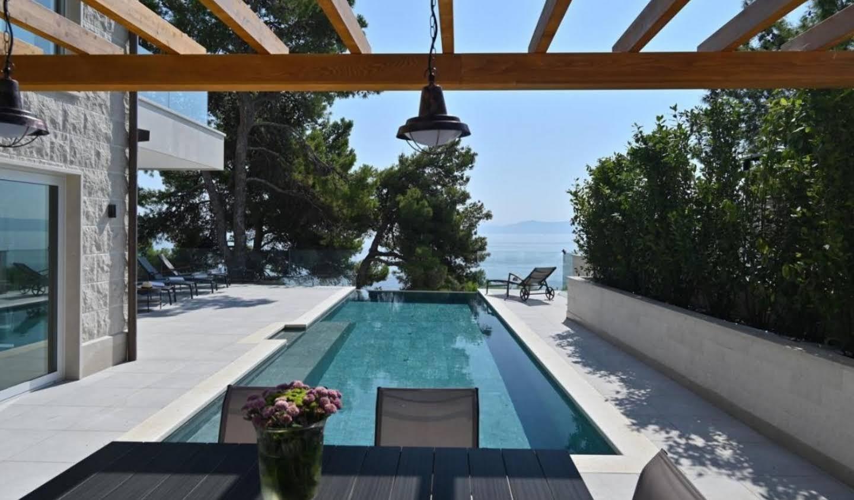 Propriété avec piscine en bord de mer Croatie